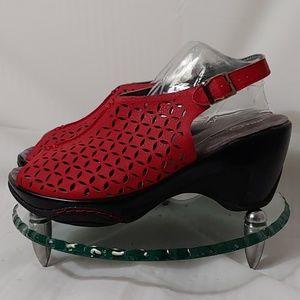 Women's J-41 Adventure Shoes with Peep Toe . sz 7M